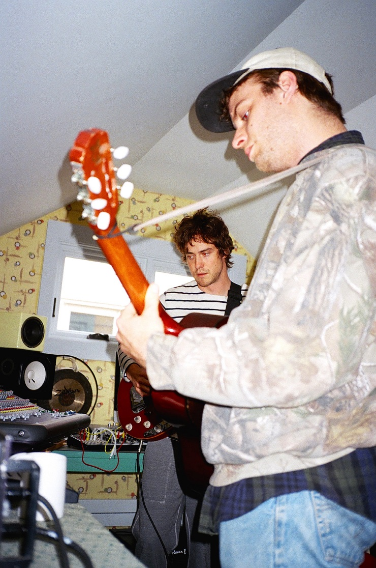 MGMT Working with Mac DeMarco in Home Studio