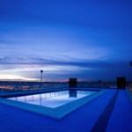 Pool im Hotel Expo