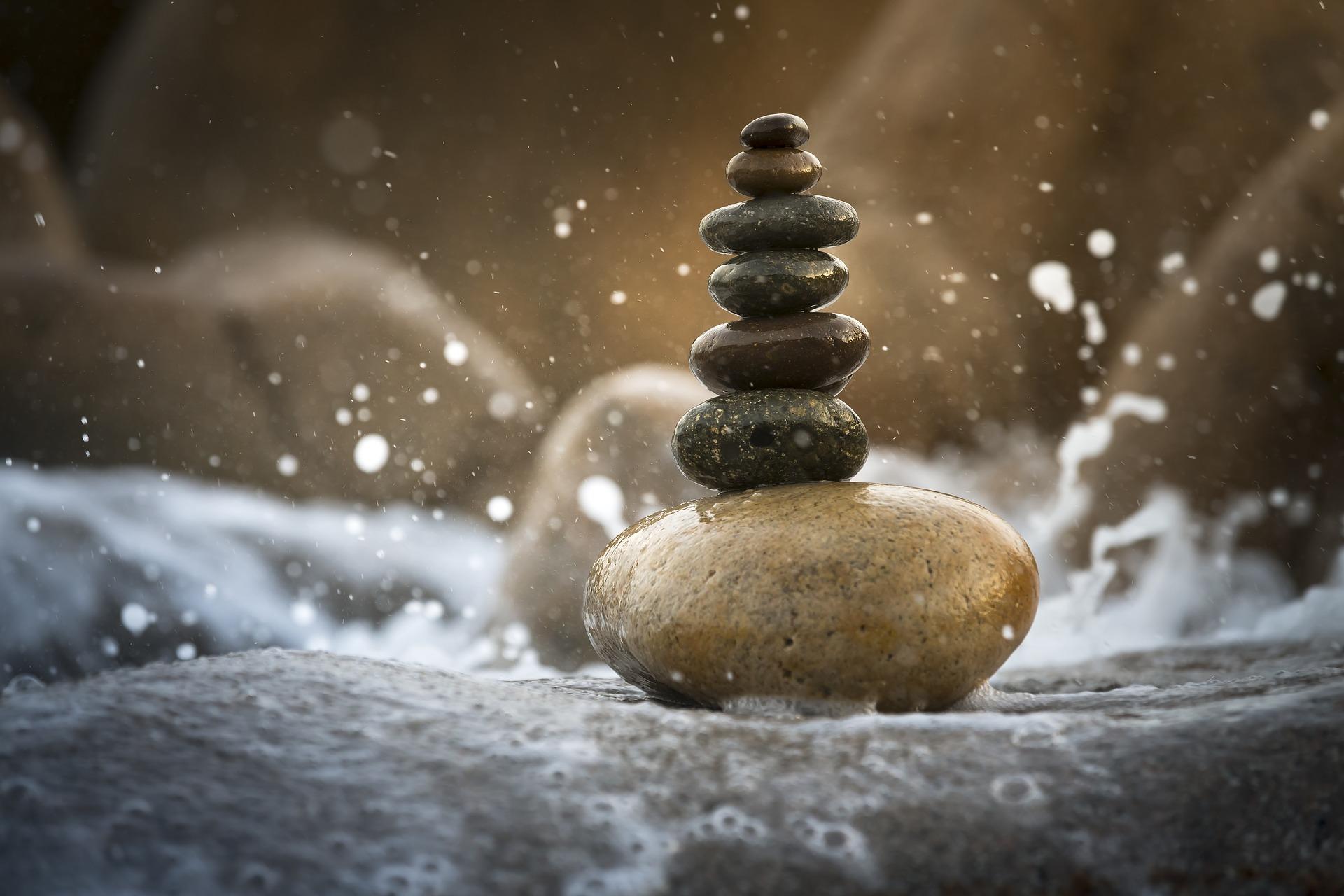 balance-3356547_1920