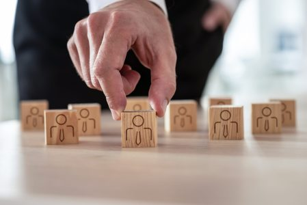 Advantages of retained executive search