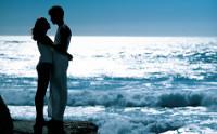 beach-couple