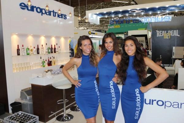 Exhibition Girls Automechanika Frankfurt - Staff And Promo