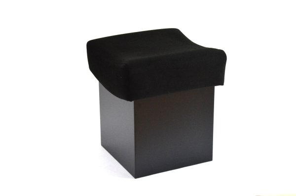 Art Seats - Exhibition Plinths