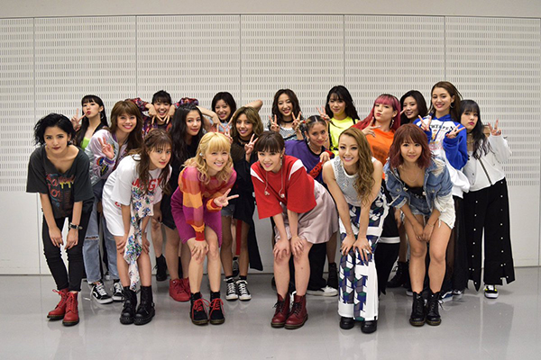 E-girls ライブ 2018 日程 チケット イメージ画像