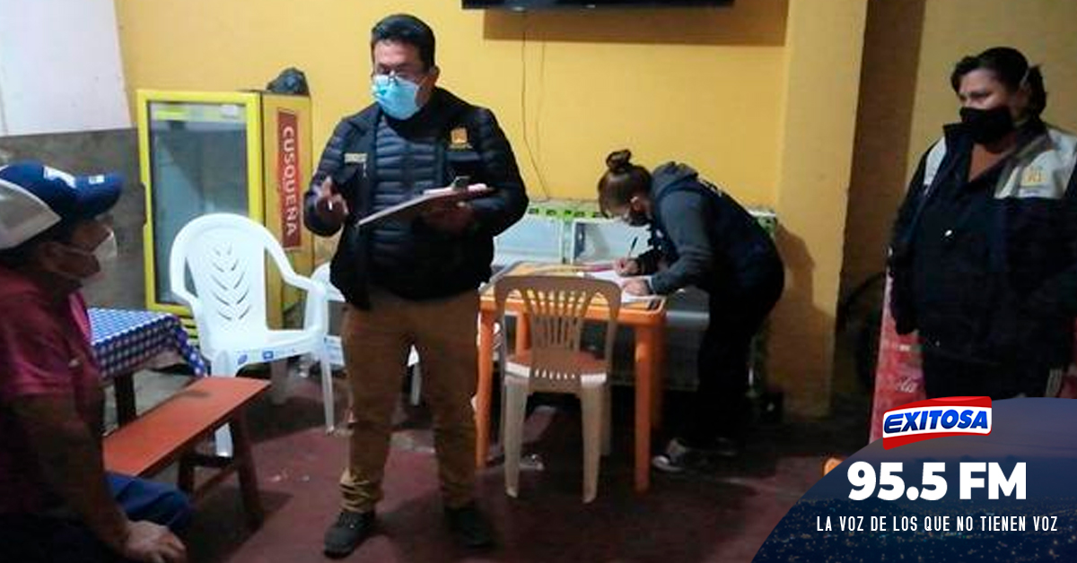 Tacna: Intervienen un bar clandestino y personas intentan huir por los techos