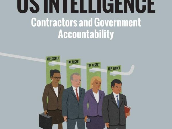 [#INTELLIGENCE] Livre: « Outsourcing Us Intelligence: Contractors and Government » by @DamienVP