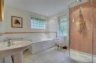 Gardener's Cottage - Bathroom