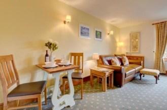 Gardener's Cottage - Dining