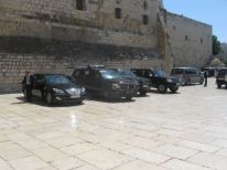 09. cars for the visit of mr. Letta