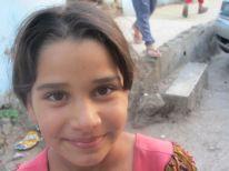 06-a-girl-in-deheisha-camp