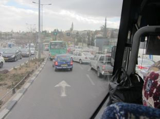 01-crowded-traffic-in-jerusalem-near-the-old-city