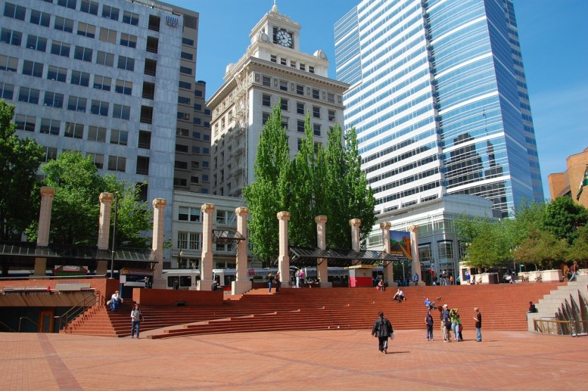 Pioneer-Courthouse-Square