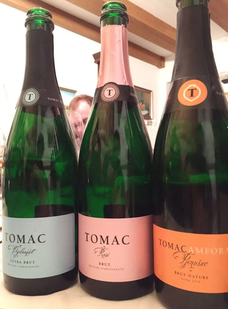 tomac winery sparklign wine