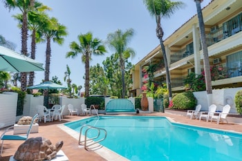 anaheim hotels with kitchen near disneyland used island for sale top 10 in california com