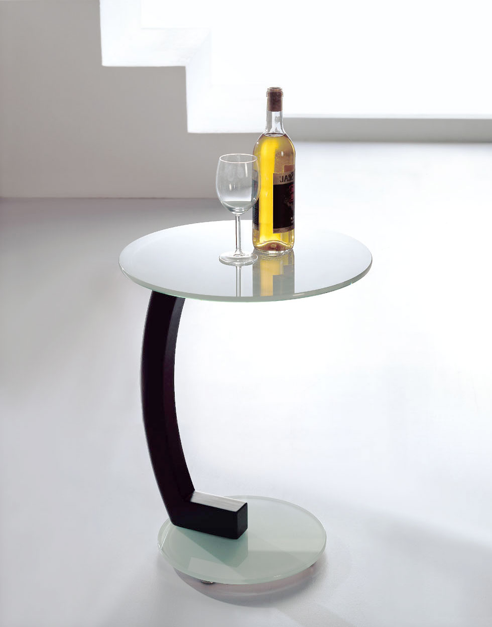 the lap side table in white glass
