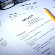 Les IN-DIS-PEN-SA-BLES de votre CV pendant votre expatriation