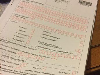 Traveling with a permesso di soggiorno receipt expat alexa for Carta soggiorno 2017