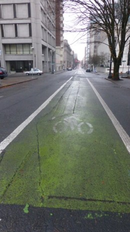 A rare vacant bike lane in downtown. But hey: it's Christnas Eve!