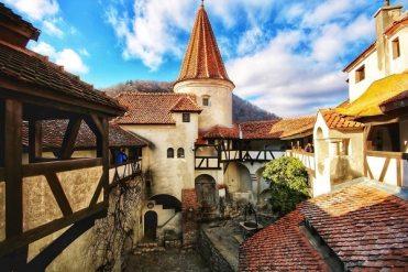 beautiful castles in Romania_Bran castle