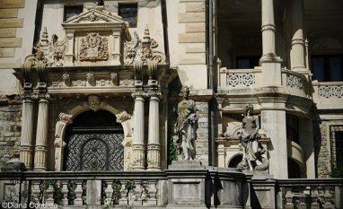 beautiful castles in Romania_Peles castle