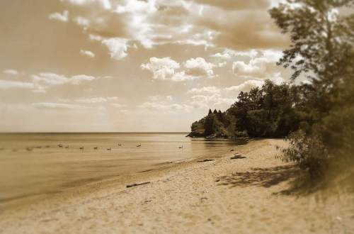 the beach, lake ontario