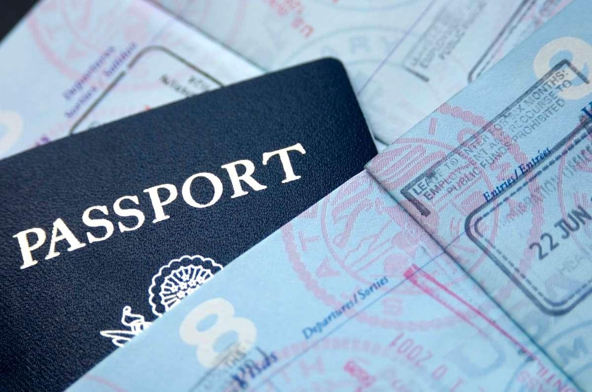 passport-istock_000002201490_large