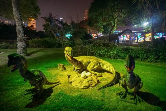 Dubai Garden Glow 12