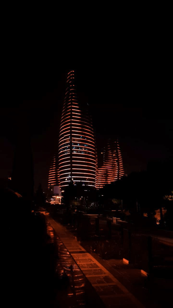 flame towers baku