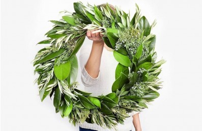 the-magnoli-ya-wreath-collection_feature-featured-image-magnolia_2_