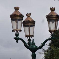 Straßenlaternen in Cuenca