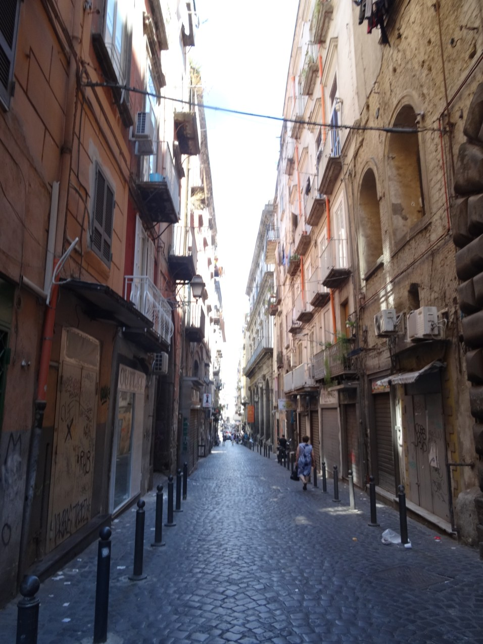 Straßenzug in Neapel