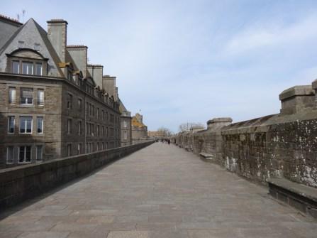 Flanieren auf der Stadtmauer