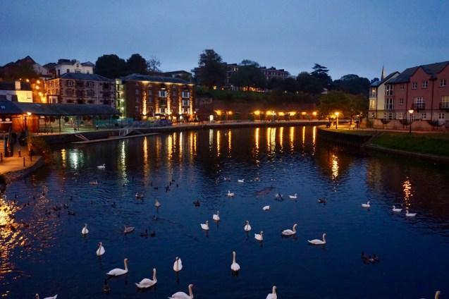 Abendlicht am Wasser in Exeter