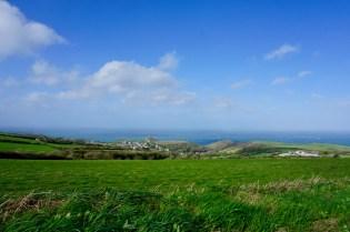 Cornwall mit Wiesen & Wasser