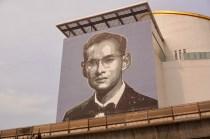 Bhumibol Adulyadej ist allgegenwertig