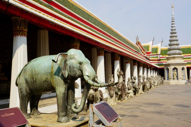 Wat Arun ist ein buddhistischer Tempel in Bangkok