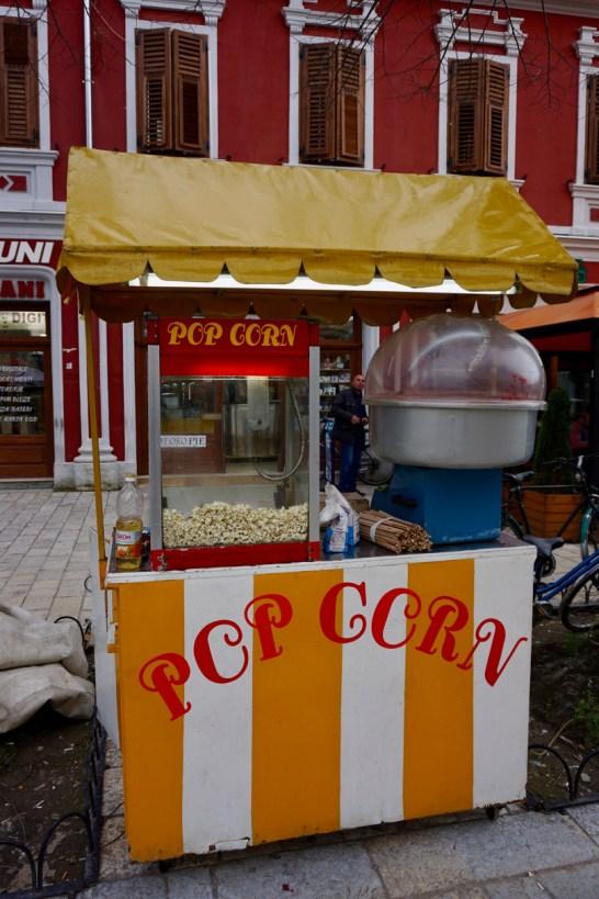 Frisches Popcorn zu kaufen
