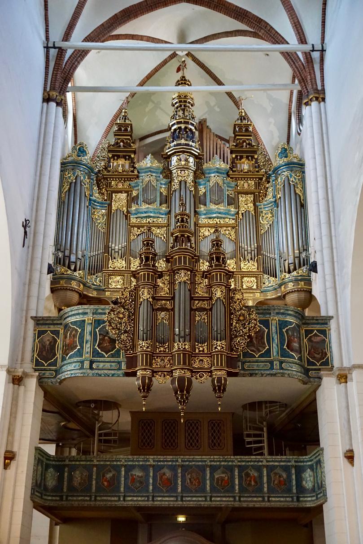 Orgel mit 6718 Pfeifen