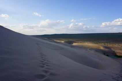 Steile Düne mit viel Sand