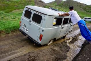 Schlamm-Straße in der Mongolei