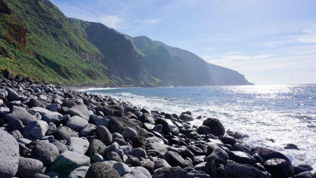 Steinstrand auf Madeira