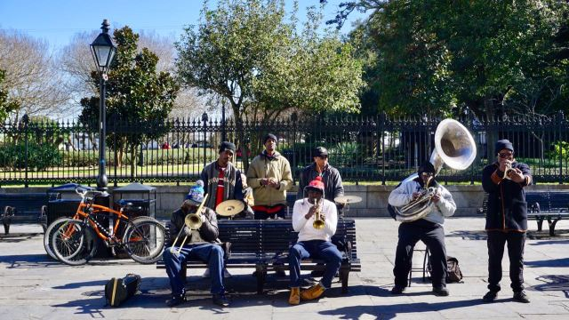 Musikband in Nola