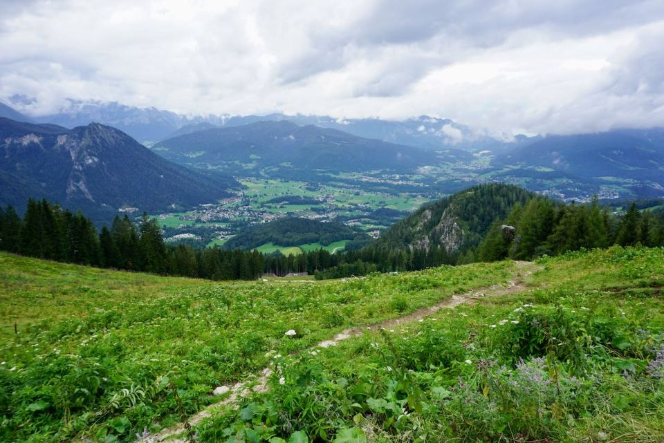 Der Blick ins Tal auf dem Weg hoch zum Jenner
