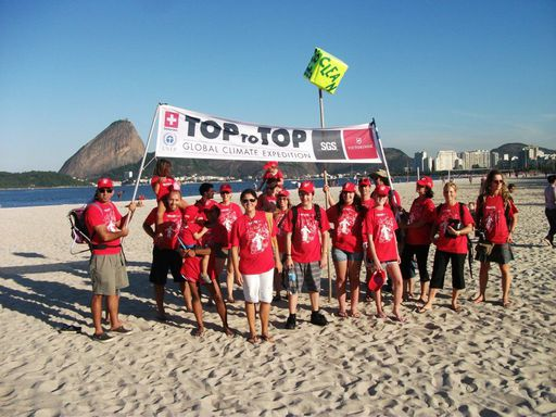 2012-06-16_rio20_toptotop-clean-up_nz.jpg
