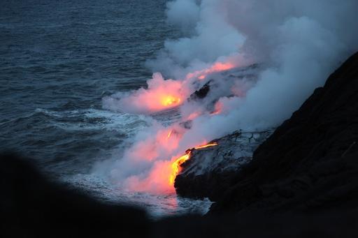 2013-05-27_usa_hawaii_lava-2.JPG