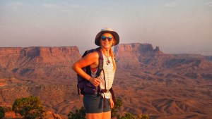 Girl with Bucket hat in Canyonlands NAtional PArk