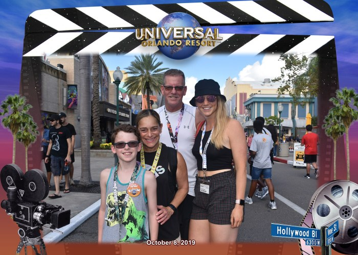 Family of 4 Enjoying Universal Florida