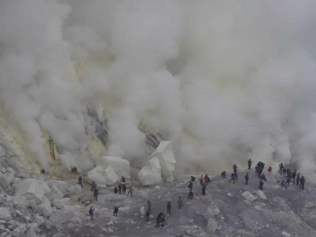 Fond du cratère Kawah Ijen