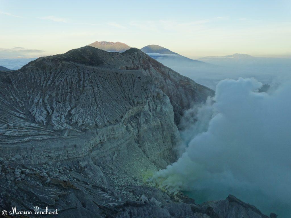 Face principale du cratère