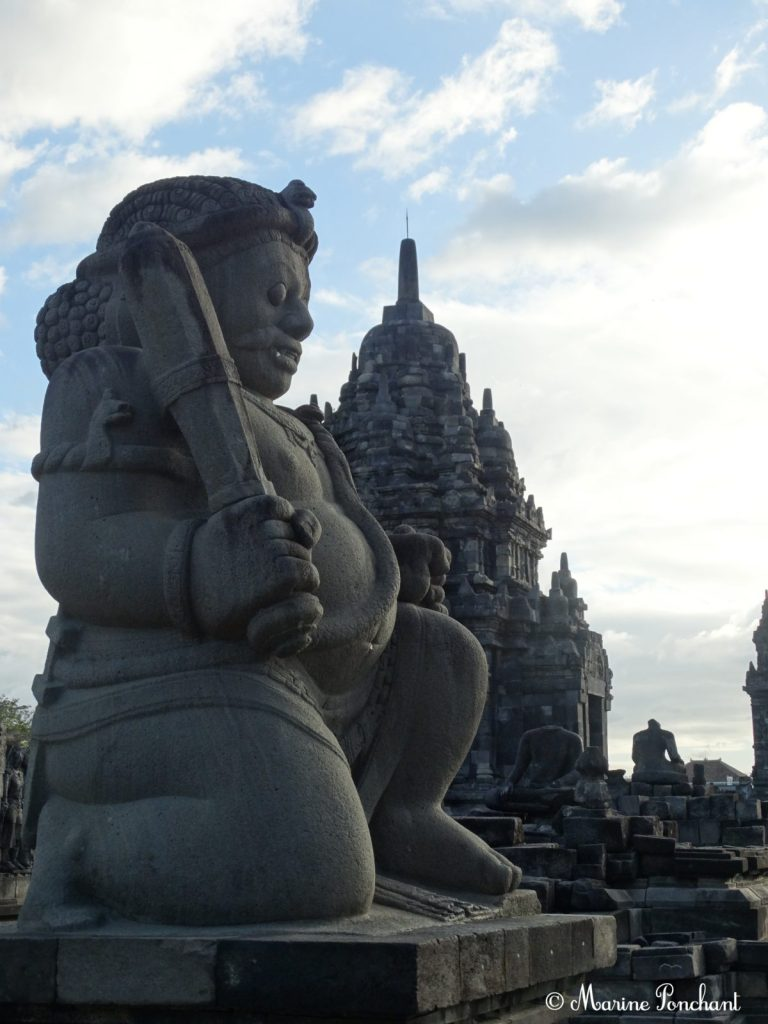 Bouddha des différents temples des lieux
